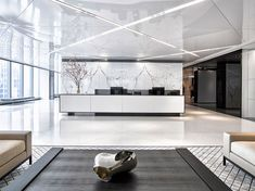 Office Interior Design is really important for your office. Because The design of the office interior will infulences the performance of your team. Corporate Office Design, Office Reception Design, Modern Office Design, Office Interior Design, Office Interiors, Office Designs, Hotel Reception, Design Commercial, Commercial Interiors