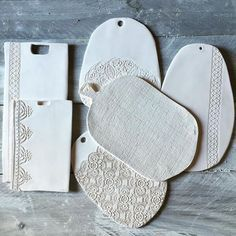 Hand made ceramic platter/serving board por ModernArtbyAyse Hand Built Pottery, Slab Pottery, Ceramic Pottery, Ceramic Clay, Ceramic Plates, Diy Clay, Clay Crafts, Slab Ceramics, Keramik Design