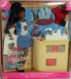 Barbie says : thank You! and Credit Approved! The package can be used as a store (if opened) Features : Shopping fun for Barbie and you and a working Cash Register too! Barbie 90s, Barbie World, Barbie And Ken, Barbie Life, Barbie Stuff, Barbie Dream, Barbie House, Burlesque, Barbie Playsets