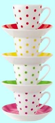 ooh la frou frou: A Toast to Spring! Polka Dotted Tea Cups and Saucers Polka Dot Party, Polka Dots, Tea Cup Saucer, Tea Cups, Teapots And Cups, Frou Frou, My Cup Of Tea, High Tea, Afternoon Tea