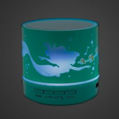 Take a treasure from under the sea and make Ariel a part of your world. The Little Mermaid glows with a rainbow of hues to your favorite tunes on this portable Bluetooth speaker. Mermaid Bedroom, Mermaid Nursery, Lps, Mermaid Kisses, Real Mermaids, Helium Balloons, Ariel The Little Mermaid, New Gadgets, Disney Merchandise