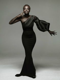 Black Girls Viola Davis We black women are indeed walking pieces of art!Viola Davis We black women are indeed walking pieces of art! Black Girls Rock, Black Girl Magic, My Black Is Beautiful, Beautiful People, Vintage Black Glamour, Dress Plus Size, Look Fashion, Divas, Muse