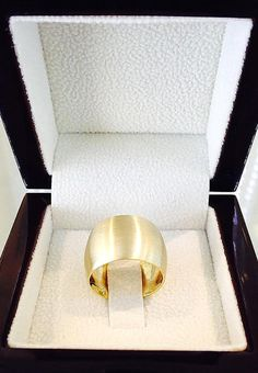 WEDDING RINGS – THE KNOT STYLE BUCKLE Wedding rings today no further just have a symbolic meaning. More and more wedding couples also want bands that influence using their sophisticated model and ther Wide Wedding Bands, Infinity Ring Wedding, Gold Wedding Rings, Gold Rings, Yellow, Ring Sizes, Matte Gold, Ring Designs, Jewelry Ideas