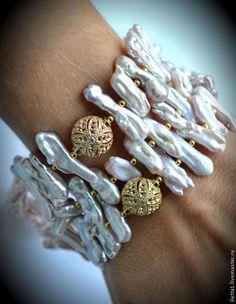 Statement Jewelry, Pearl Jewelry, Wire Jewelry, Jewelry Crafts, Jewelry Art, Gemstone Jewelry, Beaded Jewelry, Jewelry Bracelets, Jewelery