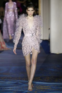 See all the looks from the show Zuhair Murad, Paris Fashion, Red Carpet, Dresses With Sleeves, Couture, Formal Dresses, Spring, Long Sleeve, Oscars