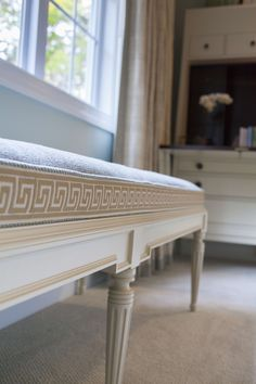 Elizabeth Allran @ Design Works Studio sent us some photos from a recent photo shoot. Greek Key detail on 9700-30 Cluny Bench and 2897-10 Hallings Secretary made by Hickory Chair Company.