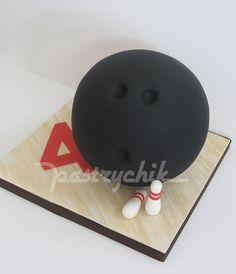 Bowling Ball Cake