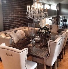 In love with this dinning room set up! Dining Room Sets, Dinning Room Tables, Elegant Dining Room, Dining Decor, Dining Room Design, Dining Room Furniture, Home Interior, Interior Design, Interior Ideas