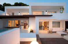 Villa Rental:Ibiza 4 Bedroom Modern Villa in Roca Llisa with 2 pools. There's no shortage of beautiful, exclusive private villas on Ibiza. Architecture Design, Modern Architecture House, Amazing Architecture, Italy Architecture, Spanish Architecture, Architecture Interiors, Landscape Architecture, Design Exterior, Home Interior Design