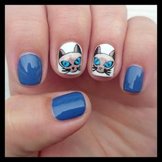 Dahlia Nails: We Are Siamese, If You Please