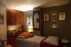 Treatment room at Satori for acupuncture, massage, or a healing session with Anne Marie