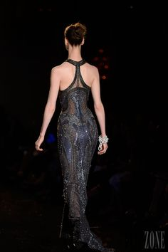 Atelier Versace - Couture - Fall-winter 2013-2014 - http://en.flip-zone.com/fashion/couture-1/fashion-houses/atelier-versace-3975 - ©PixelFormula