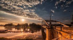 Napkelte a Tisza felett Szeged Celestial, London, Sunset, Outdoor, Outdoors, Sunsets, Outdoor Games, The Great Outdoors, London England