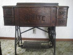 Sewing Machines Best White Treadle Sewing Machine - the same as my g. grandmother's circa given to my mother by my g.grandmother in Sewing Machines Best, Treadle Sewing Machines, Antique Sewing Machines, White Rotary Sewing Machine, Vintage Sewing Rooms, Sewing Room Organization, Sewing Table, Retro, Sewing Patterns For Kids