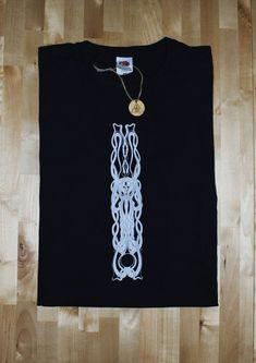 Ina Auderieth - Tarot and symbolic Art from Austria. Tarot interpretations and Webshop - limited Fine Art Prints, Shirts and Bags Tarot Interpretation, Kraken Tattoo, Symbolic Art, Sea Serpent, Occult Art, Silk Screen Printing, Fantastic Art, Psychedelic Art, Cthulhu