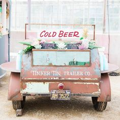 "2,437 mentions J'aime, 34 commentaires - Green Wedding Shoes / Jen (@greenweddingshoes) sur Instagram : ""Kegs are old news! 🍺 We're loving this beer truck by @tinkertintrailerco, spotted at…"""