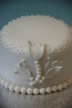 Tulip Wedding Mini Cake by CakesbyMiriam, via Flickr