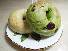 抹茶蔓越莓貝果 - Google 搜尋