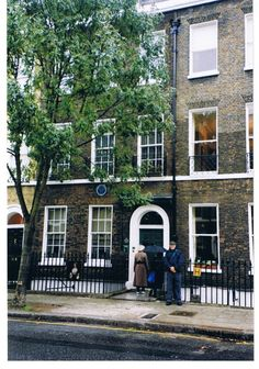 Charles Dickens House -- The house of Dickens is a treasured collection of a memorabilia, manuscripts, first editions, and furniture reading desk used by him. David Copperfield, Oliver Twist, Great Expectations are a few of his famous works.