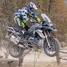 New GS getting some air #r1200gs