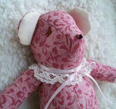 Charlotte the Little Teddy Bear by ellemardesigns on Etsy, $10.00