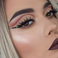 Go bold or go home!  ✨ @bysandyhirales slays this look in our #IconicLiteLashes    #houseoflashes #lashes #lashgamestrong #lashfocus #motd #makeuplooks #cutcrease #wingedliner #glitterlooks