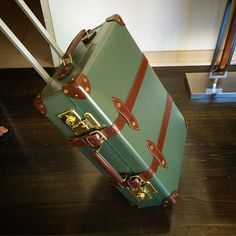 """One of Will Boehlke's @globetrotter1897 trunks for his A  Suitable Wardrobe trunk show #willboehlke #menswear #globetrotter #trunk #suitcase #luggage…""  https://asuitablewardrobe.com/"