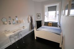 Decoration ideas for a small bedroom
