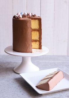 Sugary & Buttery - Chocolate Almond Layer Cake with Mini Cakes, Cupcake Cakes, Cupcakes, Paleo Mug Cake, Challenge Butter, Almond Cakes, Dessert Recipes, Desserts, Cake Recipes