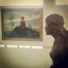 Les mains dans les mains restons face à face / Tandis que sous / Le pont de nos bras passe / Des éternels regards l'onde si lasse (Guillaume Apollinaire) #art #poésie #musée #veletrzni #prague