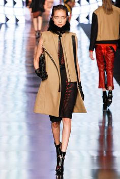 Etro Fall 2013 Ready-to-Wear Fashion Show - Fei Fei Sun