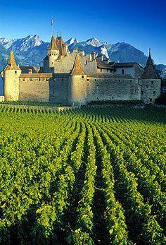 Chateau de Chillon ( Canton de Vaud ), with #SwissPrestigeLimousine