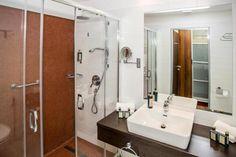 Bonvital Hotel Hévíz Adults Only, Hévíz – 2020 legfrissebb árai Adults Only, 4 Star Hotels, Good Night Sleep, Flat Screen, Mirror, Wellness, Home Decor, Blood Plasma, Decoration Home