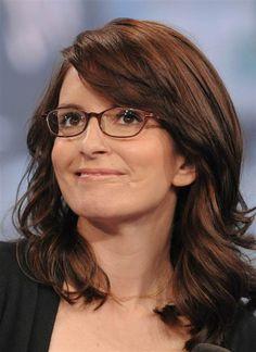 Tina Fey rocks her specs