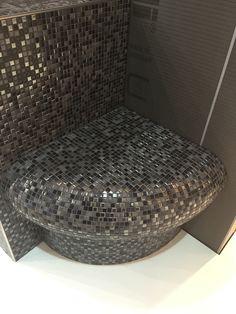 Sitzbank Dusche oder Sauna aus Wedi Bauplatten mit Jasba Mosaik Fliesen Natural Glamour.