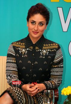 HOME arrow BOLLYWOOD   EVENTS	    Launch of Book Dont Lose out Work out   Bollywood actor Kareena Kapoor during the launch of book DonÕt lose out; Work out by author Rujuta Diwekar in Mumbai, India on March 15, 2014.  http://movie.webindia123.com/movie/asp/event_gallery.asp?cat_id=2&p_id=0&e_no=7588