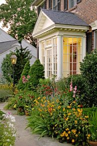 love the cottage garden feel with the portico against the backdrop Enclosed Front Porches, Glass Porch, Large Backyard Landscaping, Landscaping Ideas, Backyard Ideas, Side Porch, Side Door, Second Empire, Front Entry