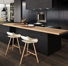 #House #Kitchen #Inspo  🙌 Like and Share if you love the look of this kitchen. Clean lines, with a modern touch. This kitchen uses minimal colours within the textures of the wood.  Dark stain wood for the majority of the kitchen, and a nice pop of light wood grain. #Realestate #HomeInspo #EstateAgents #MorningtonRealEstate #RealEstateMorningtonPeninsula