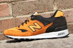 New Balance 577 - Orange / Black