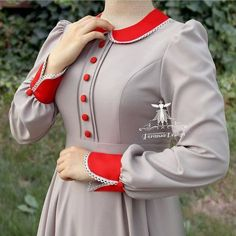 Sleeves Designs For Dresses, Dress Neck Designs, Prom Dresses With Sleeves, Blouse Designs, Beautiful Casual Dresses, Stylish Dresses For Girls, Stylish Clothes For Women, Kurta Neck Design, Kurti Sleeves Design