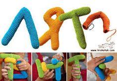 Resultado de imagem para letras em croche