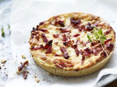 Camilla's crisp, seeded shortcrust pastry, packed with mature Cheddar and sautéed onions in our free-range egg filling, topped with smoked English bacon. English Bacon, Veggie Rolls, Bacon Quiche, Smoky Bacon, Bechamel Sauce, Spelt Flour, Shortcrust Pastry