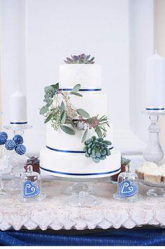 eisblauer-hochzeitstraum-in-wien_0020 barbara wenz fotografie torte, cupcakes, cakepops manuela rieder süße welt blumenzimmer atzgersdorf deko-raum brigitte katzer schloss laudon
