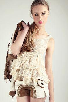 Cuerpo crudo de encaje con tirantes -   Zaitegui - Moda y ropa de marca  para señora en Encartaciones f6064ff27f2d