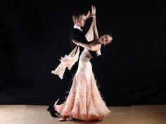 Kurs für Jugendliche: Lerne Tango Argentino Tanzunterricht einmal anders – Schnuppere hinein in die wunderbare Welt des Tango argentino