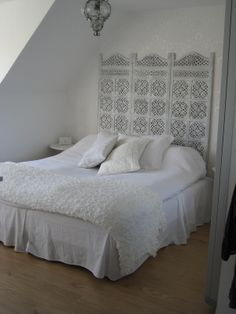 Lantligt Vitt sovrum Moroccan Style Bedroom, Home Bedroom, Decoration, Country Living, Dyi, Oriental, Ikea, Projects, Inspiration