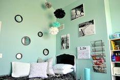 Turquoise and Black Pre-Teen Room My Room Turquoise Bedroom Walls, Bedroom Turquoise, Bedroom Colors, Aqua Rooms, Aqua Walls, Grey Walls, Teenage Girl Bedrooms, Girls Bedroom, Bedroom Ideas