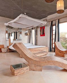 The Maljis Resort is a perfect blend of local tradition ,swahili culture, western comfort and Luxury.