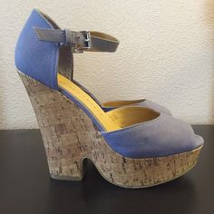 """Fantastic Lauren Conrad wedges These sky high wedges are in excellent condition. Periwinkle color with a canvas feel. 1.5"""" platform and 4.5"""" heel, so they feel like 3"""" (but more comfortable because they're wedges of course). Perfect for summer! offers welcome but no low balls please! no trades or off-posh selling bundle 2+ items and get 20% off! sometimes this changes a bit so keep an eye out for better deals ❤️ Lauren Conrad Shoes Wedges"""