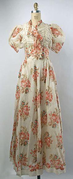 Evening dress Designer: Maggy Rouff  Retailer: Hattie Carnegie, Inc.  Date: 1939 Culture: French Medium: silk, linen Accession Number: C.I.58.34.23a, b